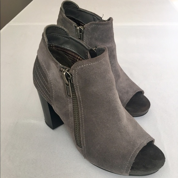 aa90e7090 White Mountain Shoes - Open toed grey booties